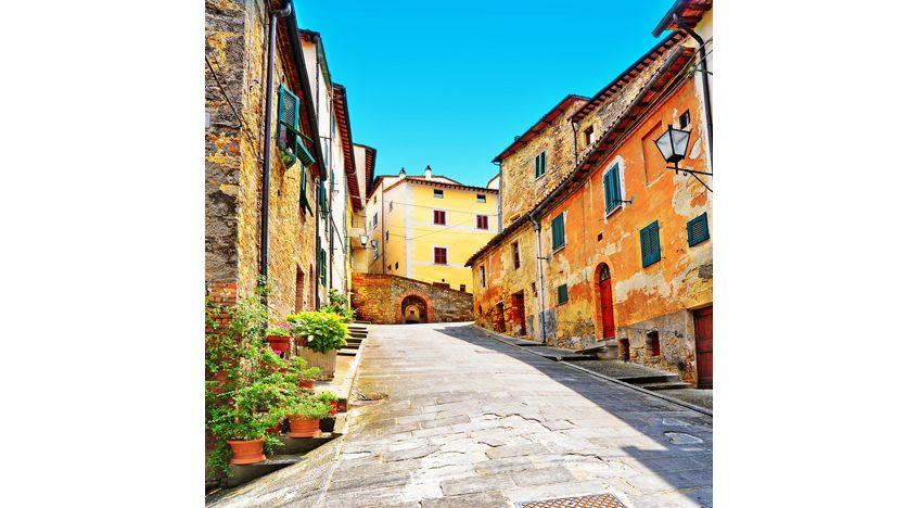 Фотообои Улочка в горку, Италия