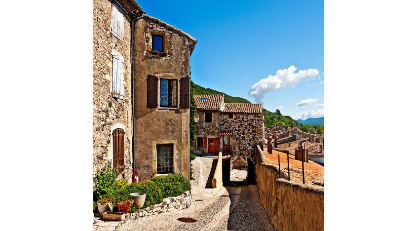 Фотообои Провинциальный город Италии